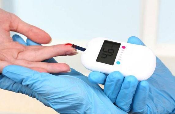 diabetes-tipe-2-beresiko-tingkatkan-telinga-berdengung